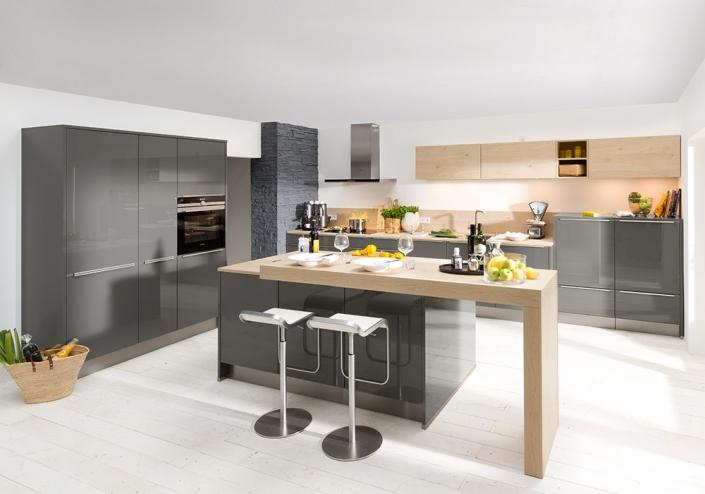 Küchen Erlebnis Lemgo | Küchen mit Aufsatzgriffen