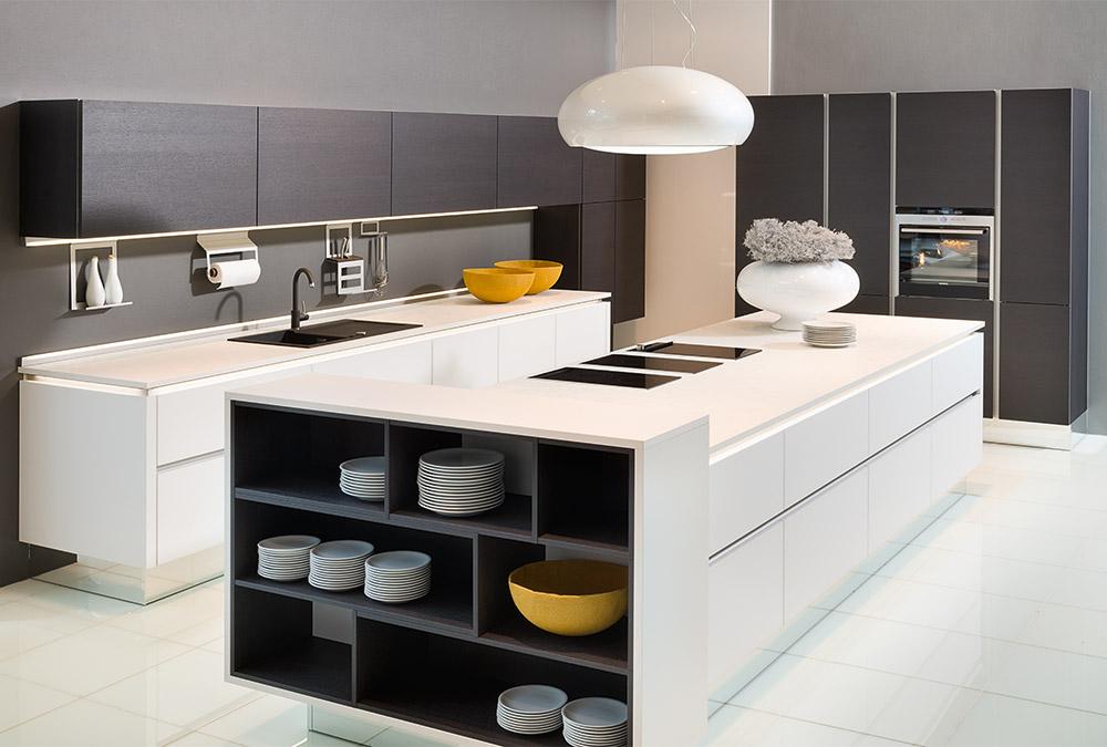 Küchen Erlebnis Lemgo | Grifflose Küchen