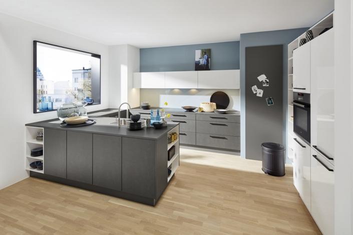 Küchen Erlebnis Lemgo   Küchen mit Aufsatzgriffen